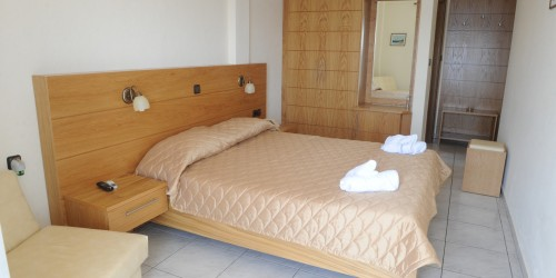 Hotel Ammouliani double Bedded Room